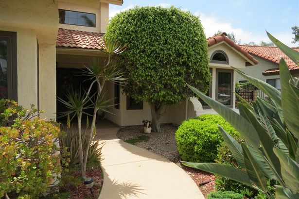 2565 Coronado Place