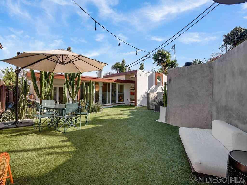 2102 Mendocino Blvd, San Diego, CA, 92107,