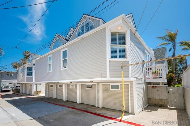 816 Nantasket Court