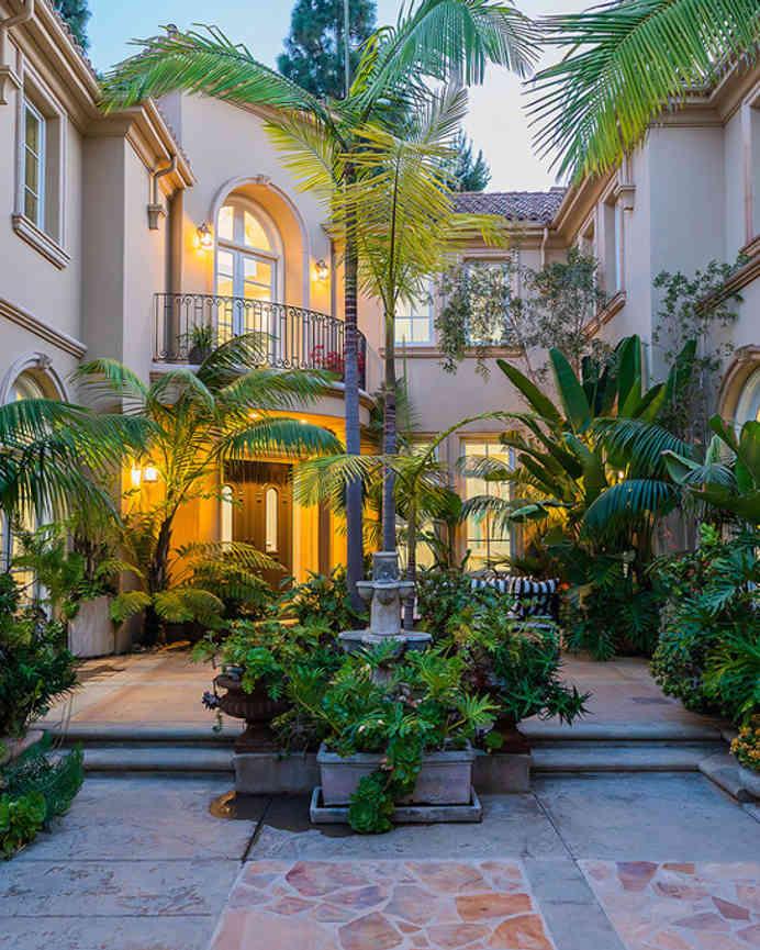 10295 Century Woods Drive, Los Angeles, CA, 90067,