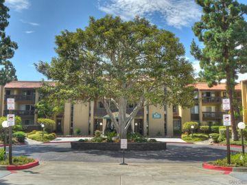4600 Lamont #4-102, San Diego, CA, 92109,
