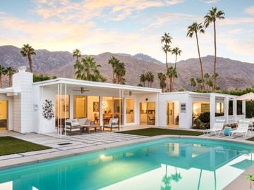 2290 S Alhambra Drive, Palm Springs, CA, 92264,