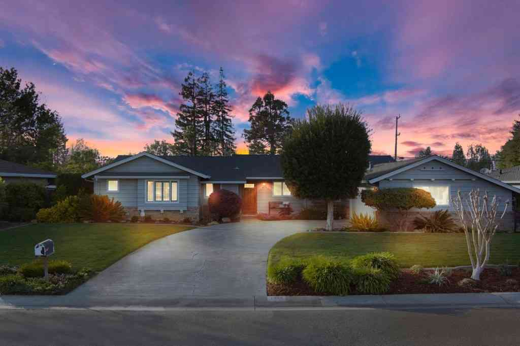 1978 Newcastle Drive, Los Altos, CA, 94024,