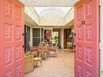 1833 S Araby Drive #32, Palm Springs, CA, 92264,