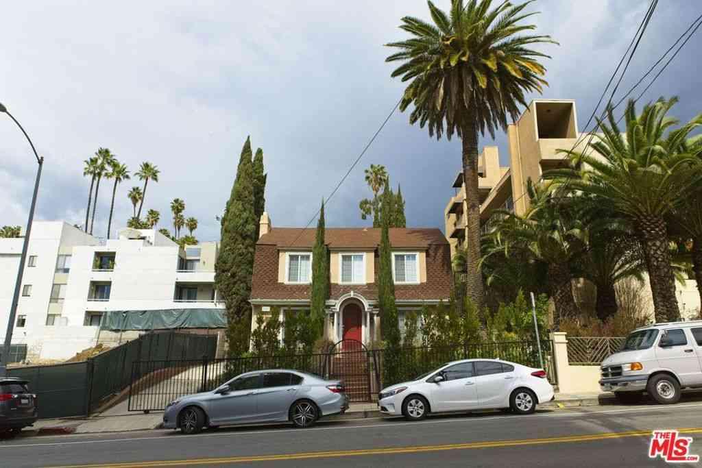 6551 Franklin Avenue, Los Angeles, CA, 90028,