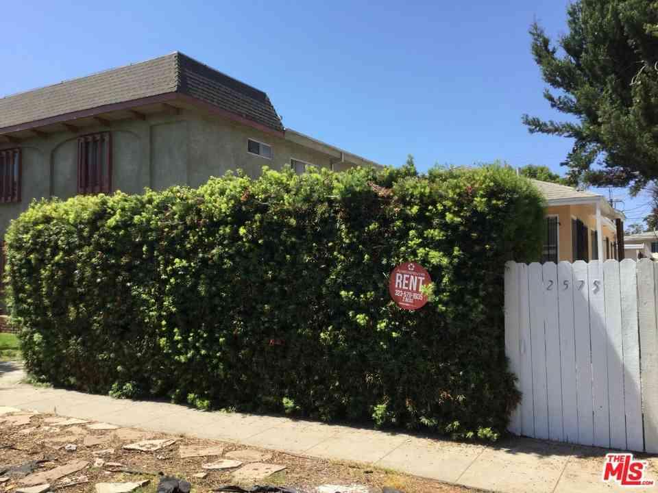 2575 S Barrington Avenue, Los Angeles, CA, 90064,