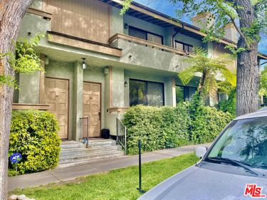 4260 Cedros Avenue #D, Sherman Oaks, CA, 91403,
