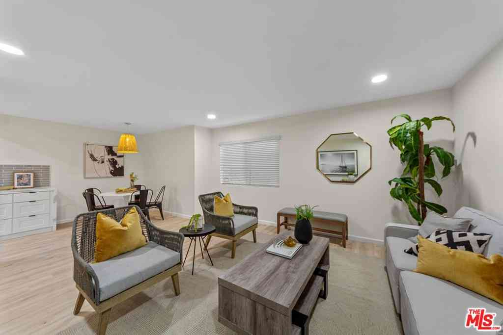 5651 Windsor Way #203, Culver City, CA, 90230,