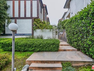 1122 Campbell Street #10, Glendale, CA, 91207,