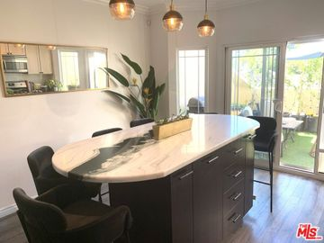6615 Hazeltine Avenue #105, Valley Glen, CA, 91405,