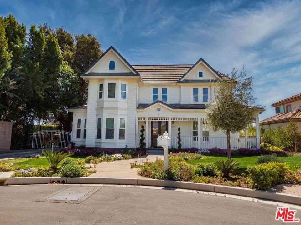 6250 N Charlotte Avenue, San Gabriel, CA, 91775,