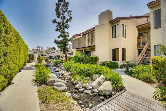 16581 Grunion Lane #100, Huntington Beach, CA, 92649,