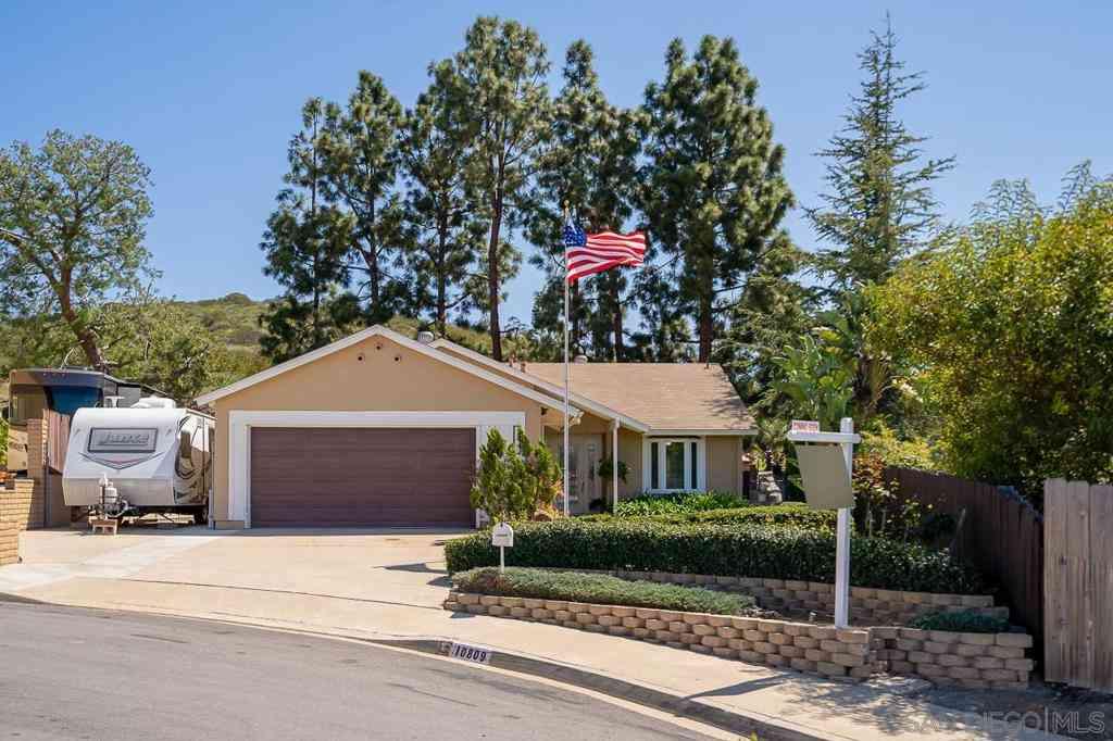 10809 Hobble Ln, Spring Valley, CA, 91978,