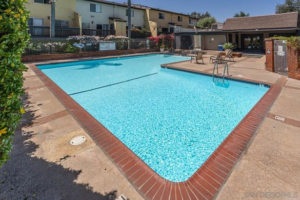 7972 Mission Center Ct #A