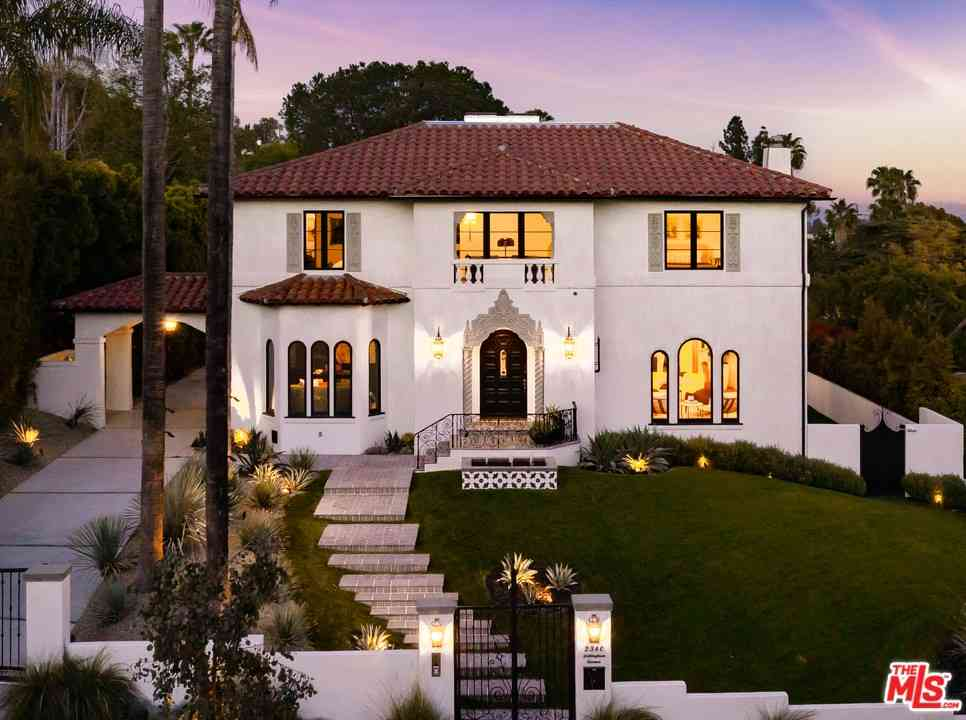 2340 Nottingham Avenue, Los Angeles, CA, 90027,