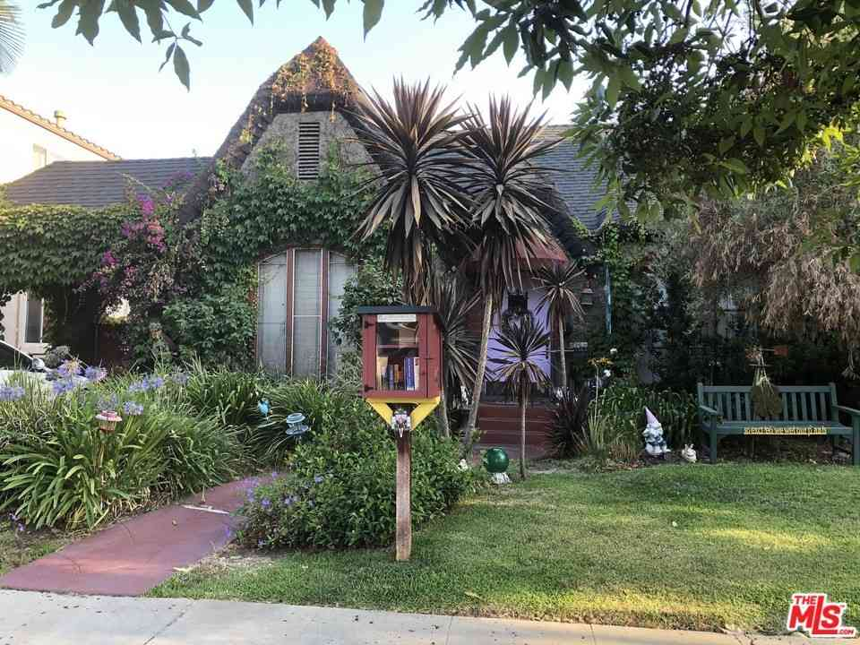 8230 W 4Th Street, Los Angeles, CA, 90048,