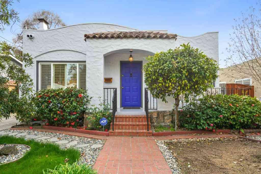 1186 Cleveland Street, Redwood City, CA, 94061,