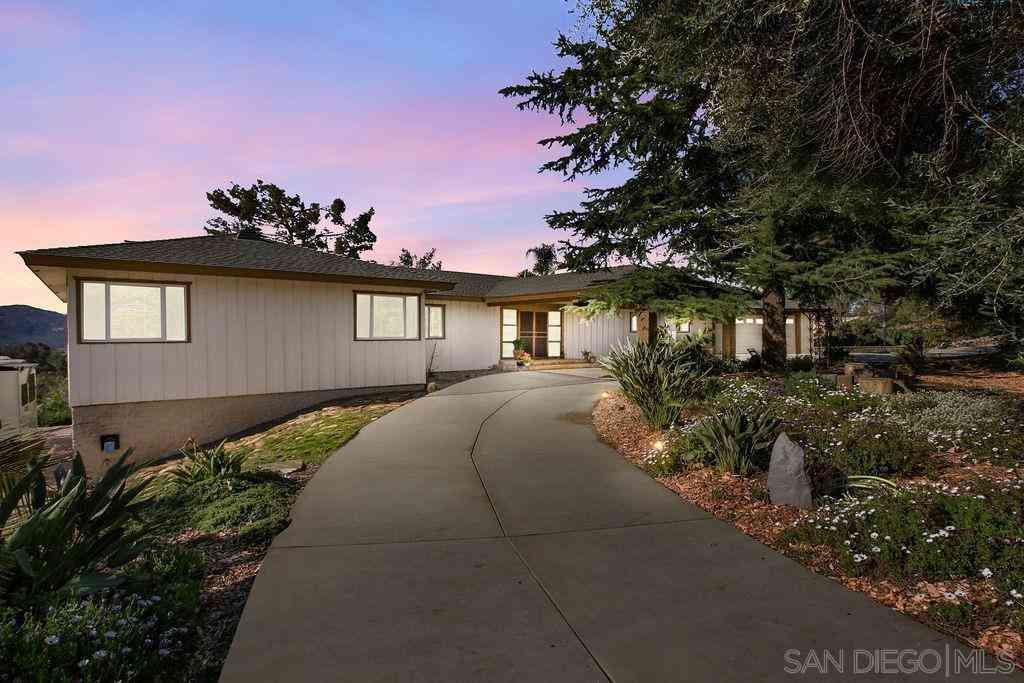 2955 Scenic View Rd, Alpine, CA, 91901,