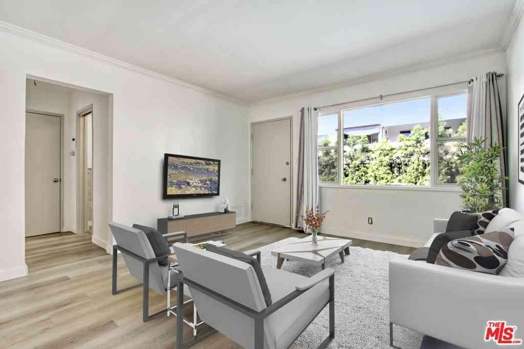 1435 N Fairfax Avenue #5, West Hollywood, CA, 90046,