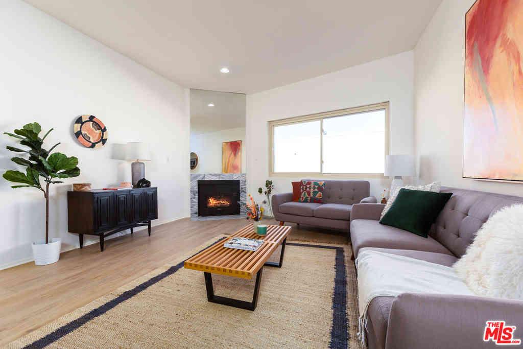 1818 Glendon Avenue #202, Los Angeles, CA, 90025,