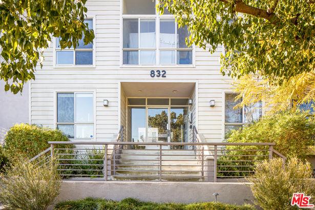 832 Euclid Street #109