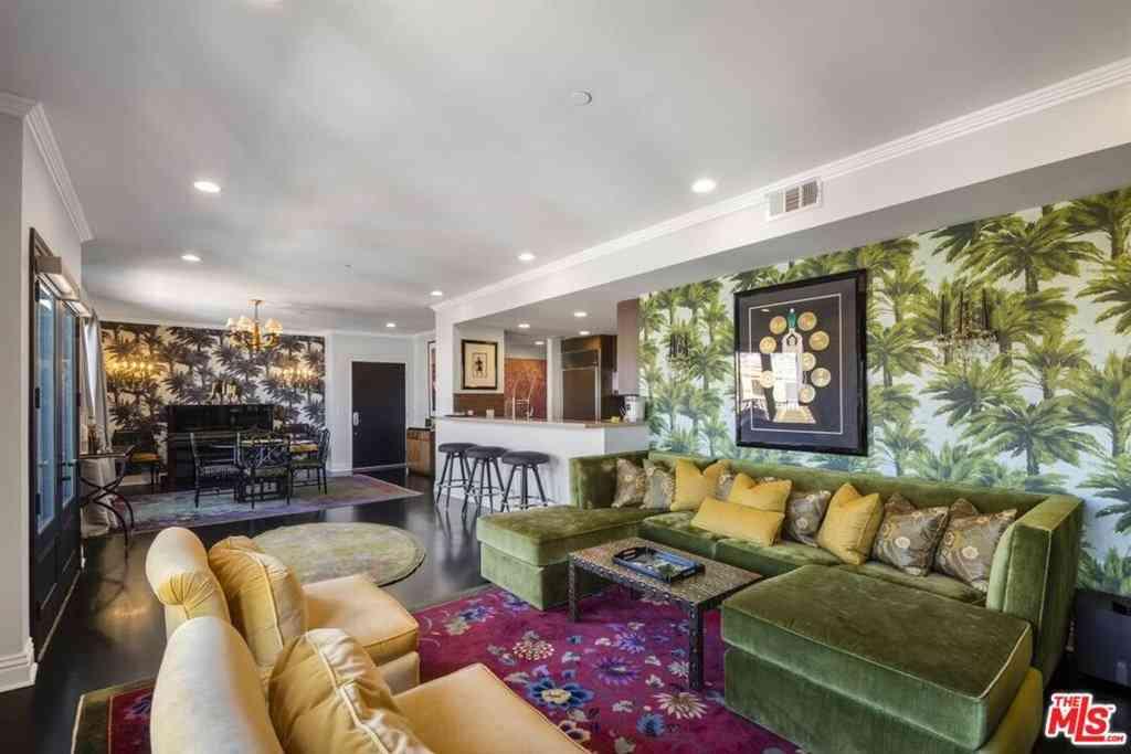 718 N Croft Avenue #PH1, Los Angeles, CA, 90069,