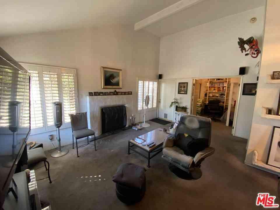 4646 Maytime Lane, Culver City, CA, 90230,