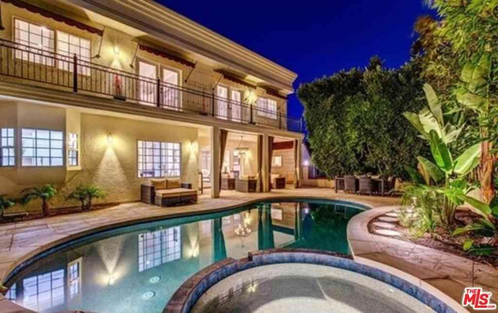 3431 Amesbury Road, Los Angeles, CA, 90027,