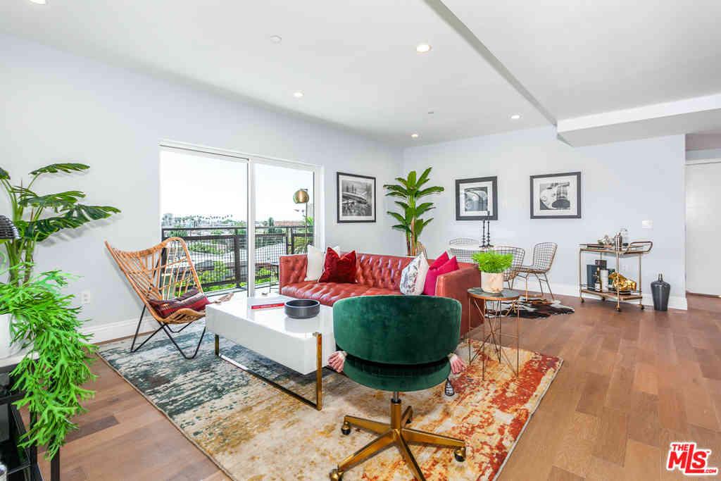 2939 Leeward Avenue #202, Los Angeles, CA, 90005,