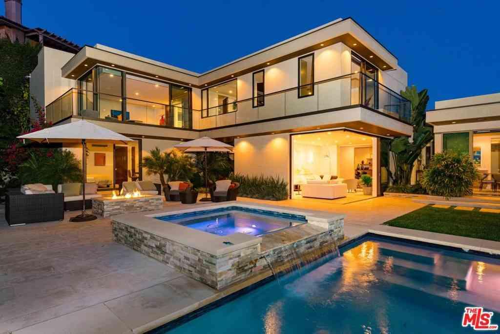525 Bellagio Terrace, Los Angeles, CA, 90049,