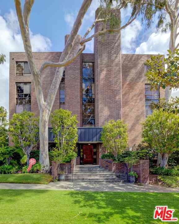 2304 S Beverly Glen Boulevard #204, Los Angeles, CA, 90064,