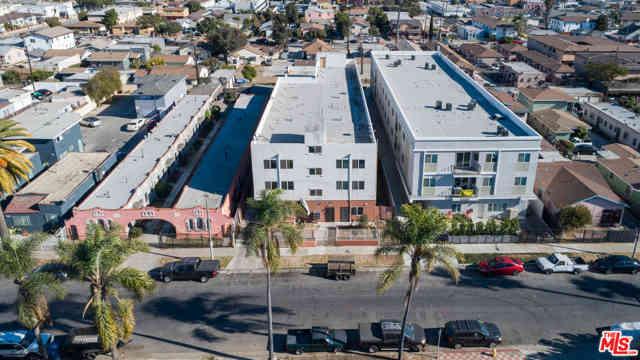 6332 Brynhurst Avenue, Los Angeles, CA, 90043,