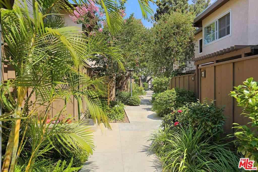 4601 INGLEWOOD Boulevard #2, Los Angeles, CA, 90230,