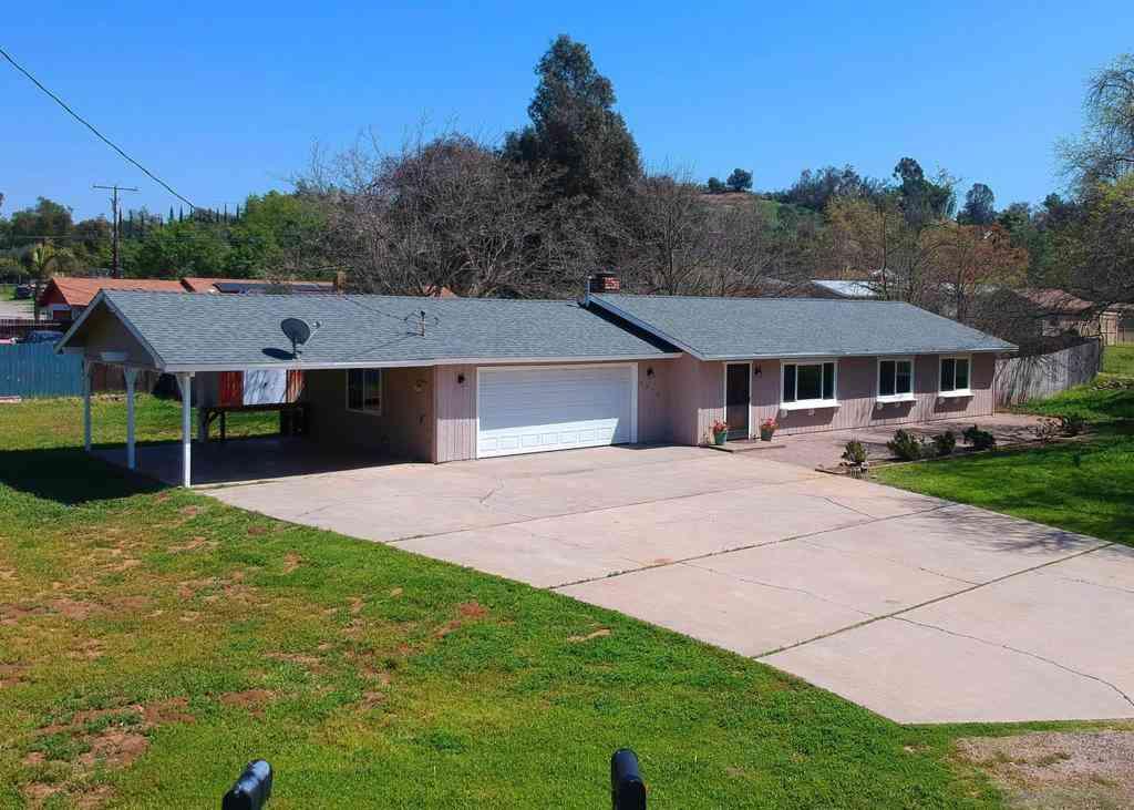 2012 San Diego Avenue, Ramona, CA, 92065,