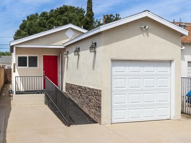 6047 Ensign Avenue, North Hollywood, CA, 91606,