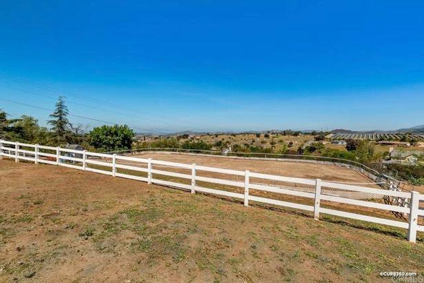 30413 Mesa Crest Road