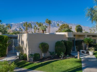 266 Desert Lakes Drive, Palm Springs, CA, 92264,