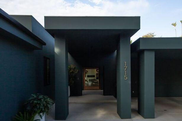 1715 Loma Vista Drive