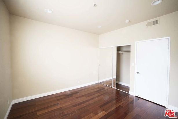 533 S St Andrews Place #305