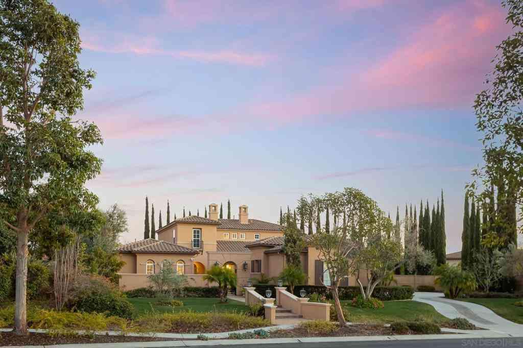 9635 Lario Lane, San Diego, CA, 92127,