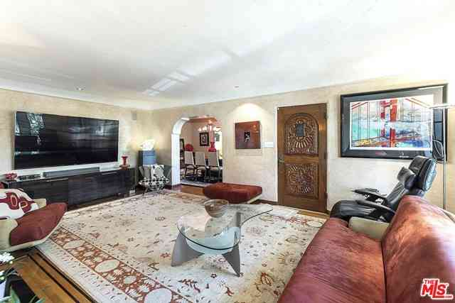 8280 W 4Th Street, Los Angeles, CA, 90048,