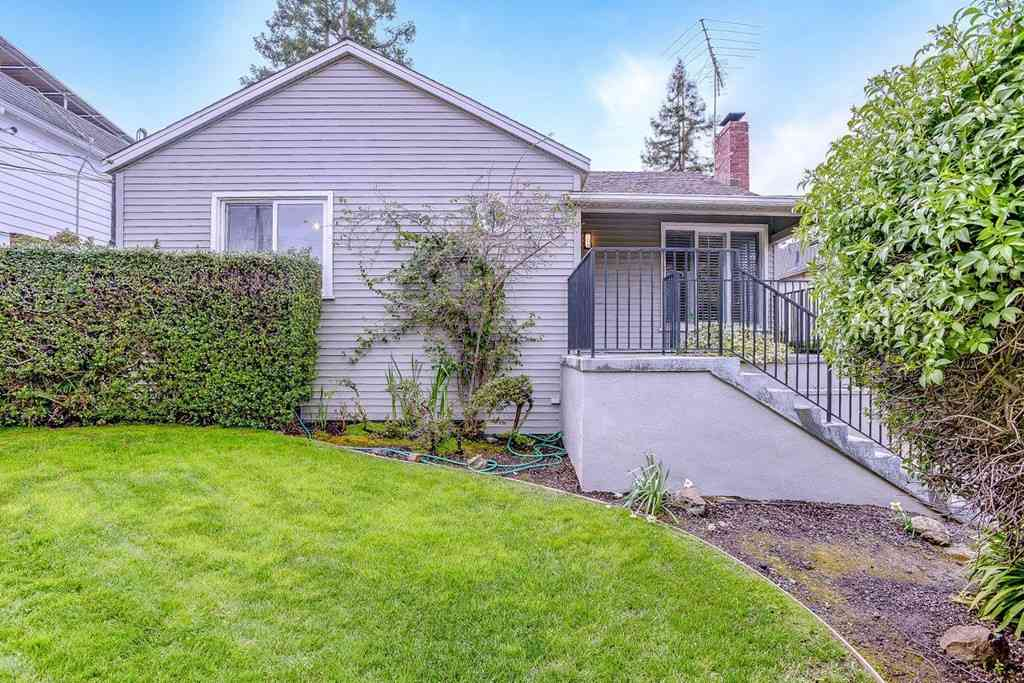 270 Nevada Street, Redwood City, CA, 94062,