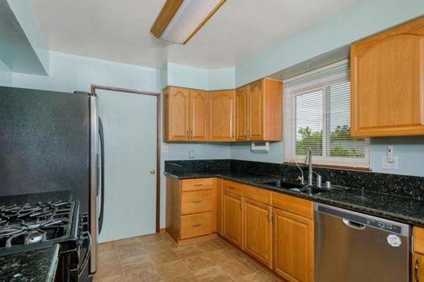 4484 Cynthia Place