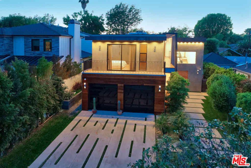 4439 Stansbury Avenue, Sherman Oaks, CA, 91423,
