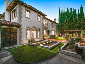 11159 La Maida Street, North Hollywood, CA, 91601,