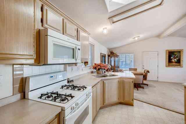249 Starling Lane, Oceanside, CA, 92057,