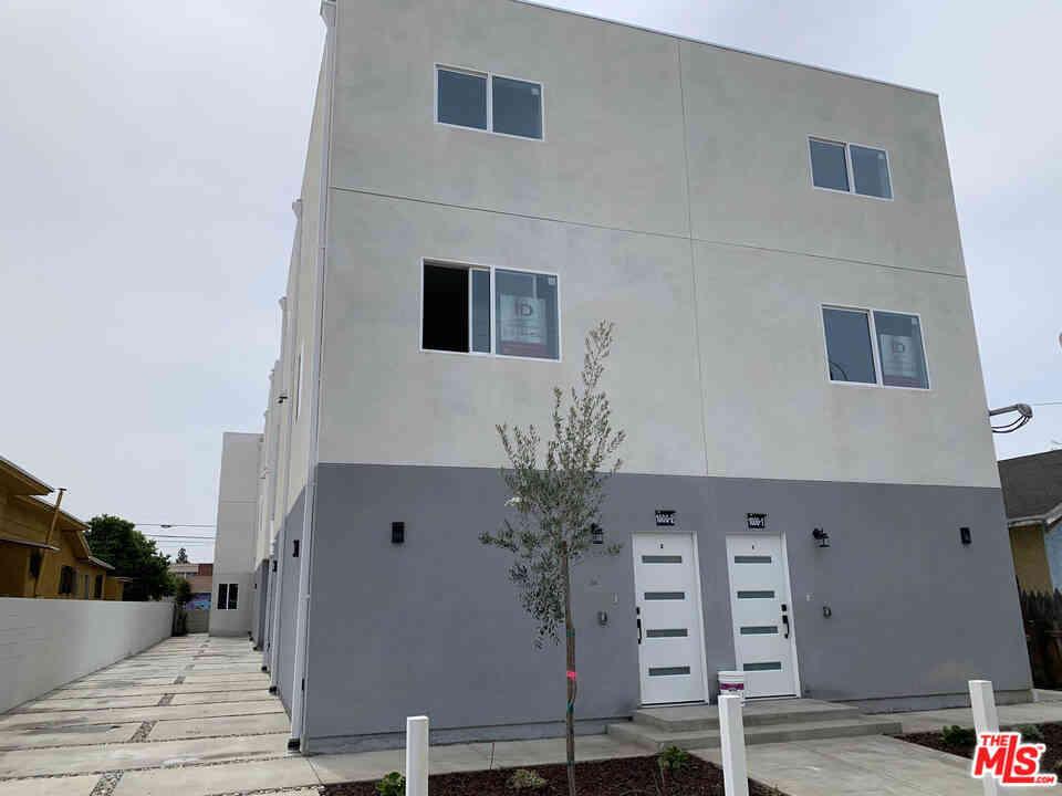 1002 E 33Rd Street, Los Angeles, CA, 90011,