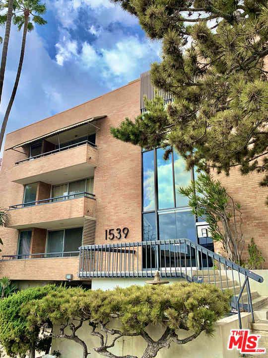 1539 N Laurel Avenue #104, Los Angeles, CA, 90046,
