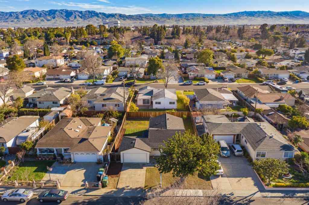 4647 Demaret Drive, Santa Clara, CA, 95054,