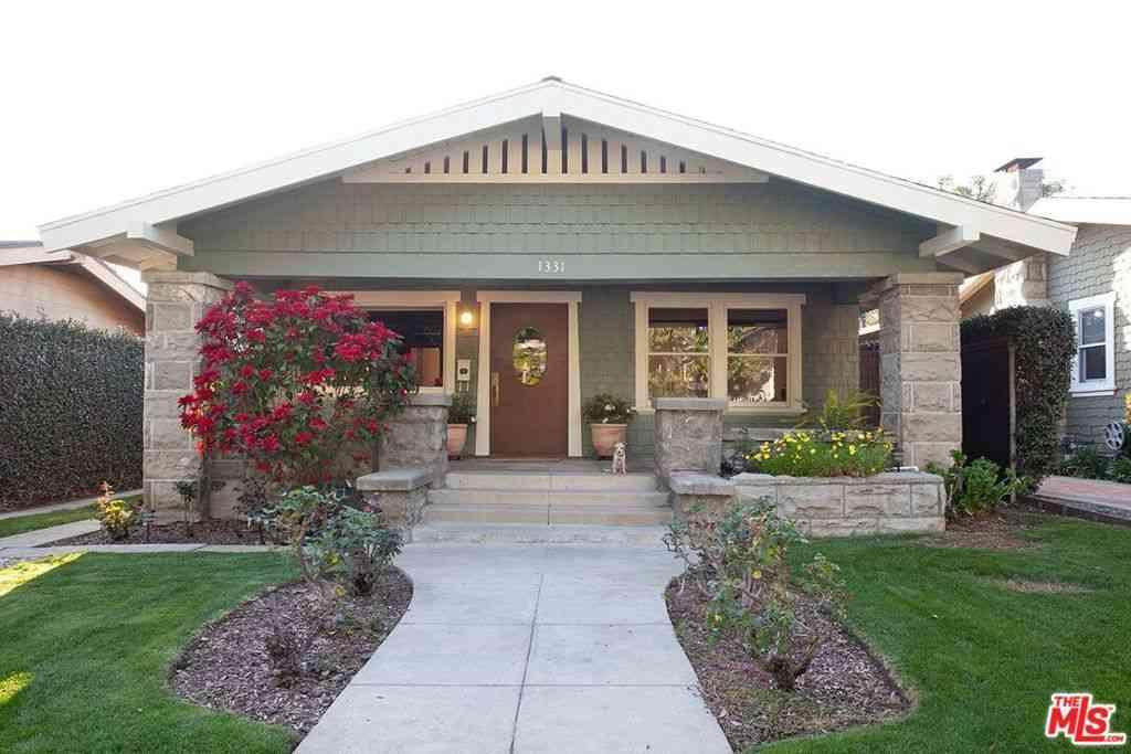 1331 N Cherokee Avenue, Hollywood, CA, 90028,